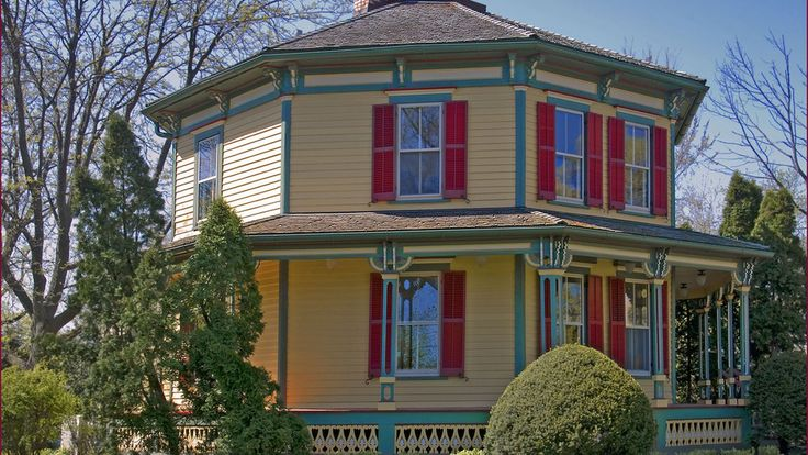 When eight makes great: 3 historic octagonal houses for sale