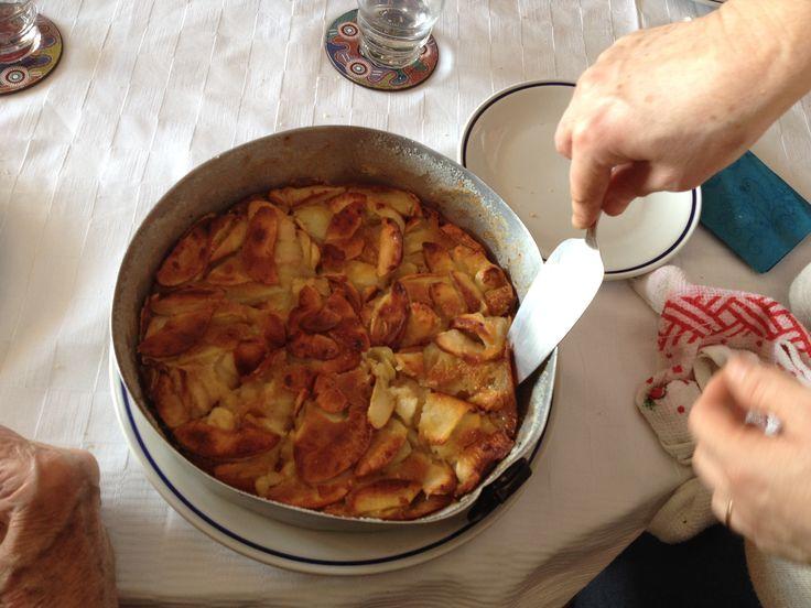 """Dal libro """"Fragole a merenda"""" dì Sabrine D'Aubergine; la torta di zio Ettore."""