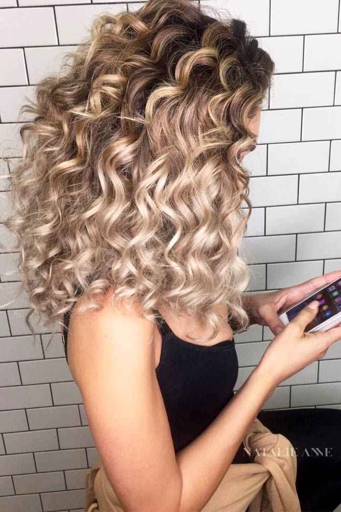 How To Curl Your Hair Wavy Curls For Holidays Or Just A