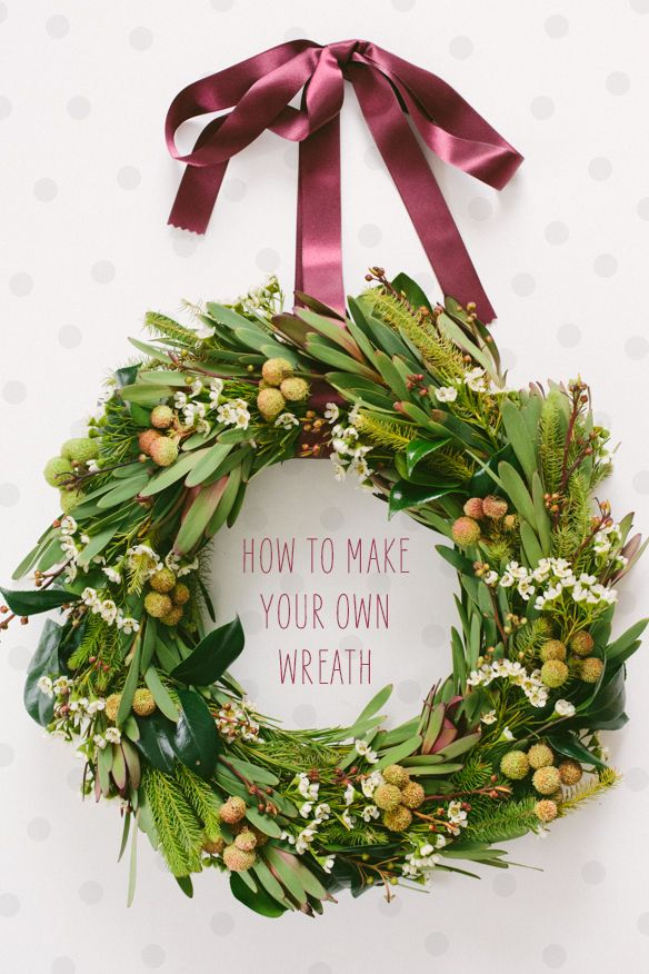DIY Christmas Wreath tutorial from @claire
