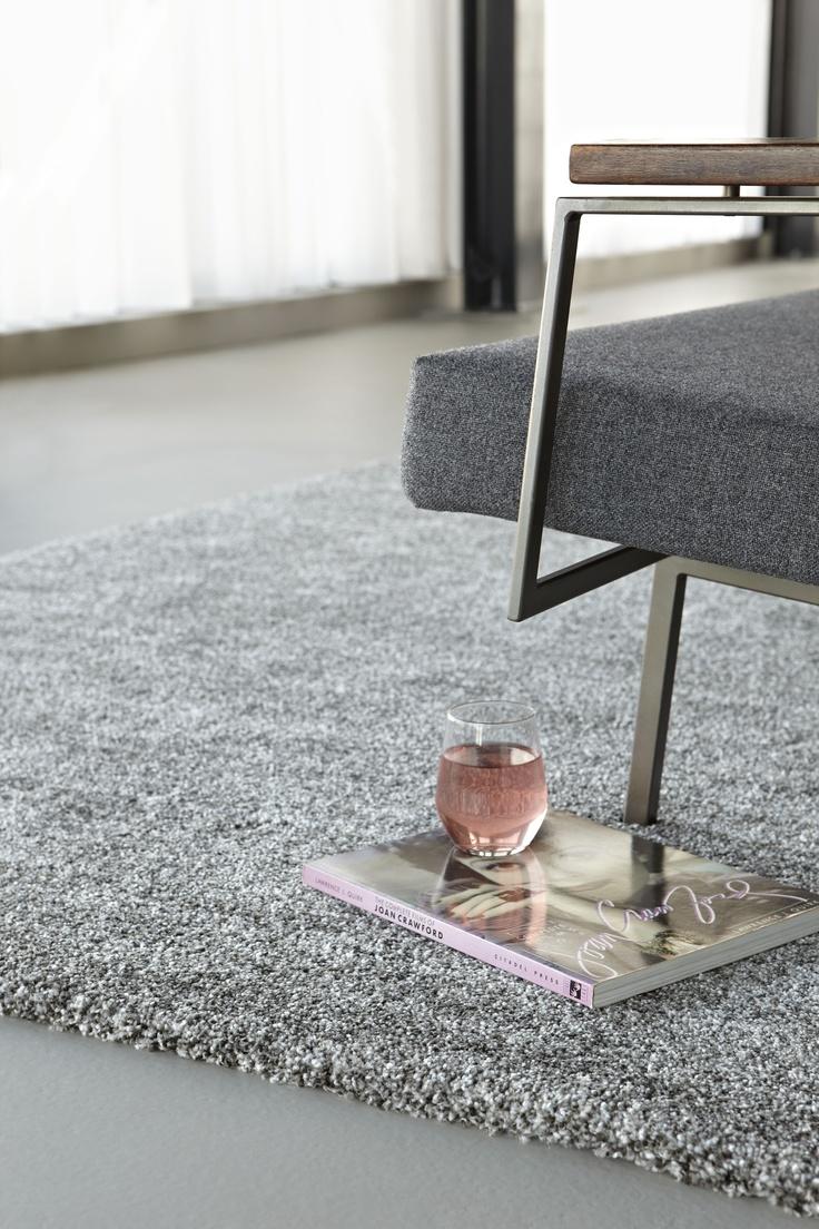 Spring Passion, hoogpool karpet van 38mm verkrijgbaar vanaf 1,70x2,30mtr a €182,95. www.lifestyle-interior.nl