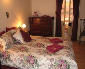 Maroon Room, Hoover House, Gwalia