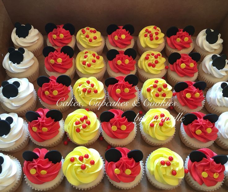 Mickey Mouse Birthday Cupcakes! White cake with vanilla buttercream