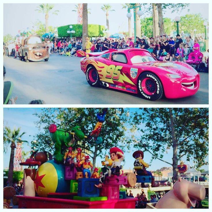 . カリフォルニアディズニー . .  #usa #America #california #disney #californiaadventure #parade #sunnyday #cars #toystory #happy  #アメリカ #カリフォルニアディズニー #カリフォルニアアドベンチャー #パレード #カーズ #トイストーリー #可愛い #幸せ . by lee_saae24