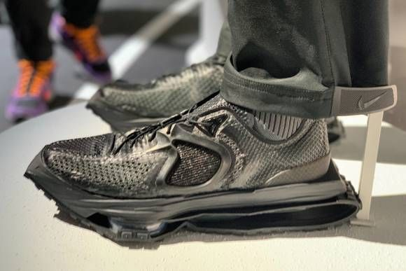 Reebok DMX Trail Shadow Sneakers in Green   LN CC in 2020