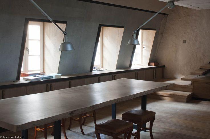 Recessed windows flood this loft space with light #interiordesign #design #interiors #bespoke #homes #designer