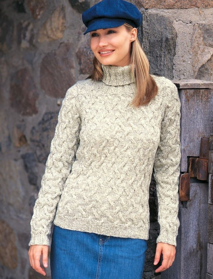 Shadow Cables Pullover in Patons Classic Wool Worsted. Discover more Patterns by Patons at LoveKnitting. The world's largest range of knitting supplies - we stock patterns, yarn, needles and books from all of your favorite brands.