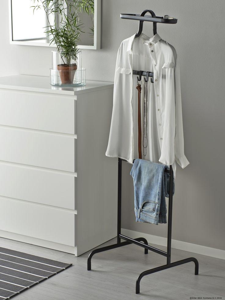 De ce să te grăbești dimineața când îți poți pregăti hainele cu o seară înainte?