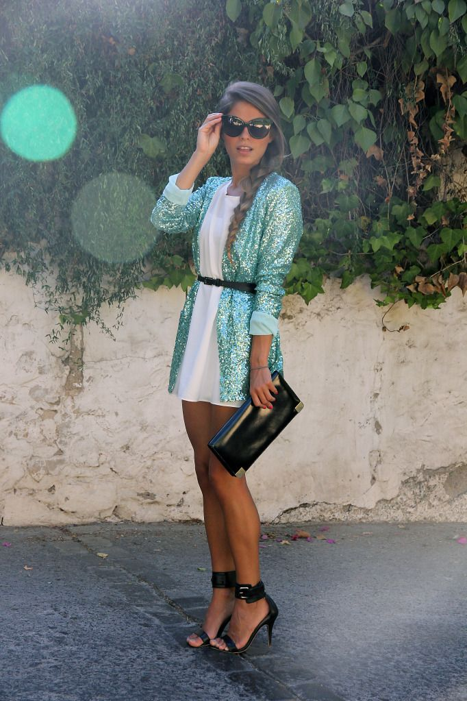 ..:: sparkle ::..: Light Pink Blazers, Shoes, Outfits, Shorts White Dresses, Clutches, Sequins, Black Heels, Sunglasses, Aquamarine