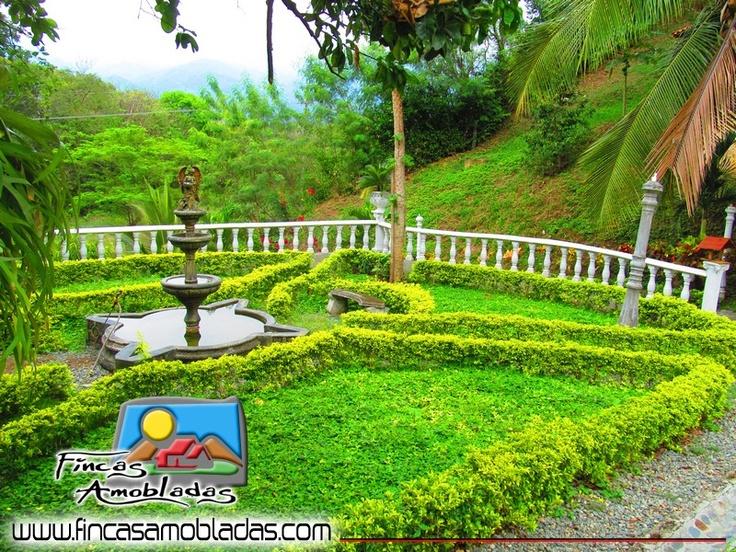 Los jardines de San Salvador. Mira mas en www.fincasamobladas.com/080