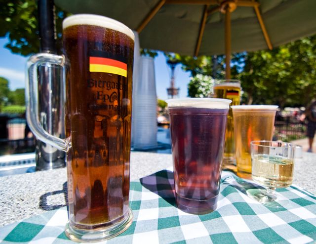 Drinking Around the World Tips...perfect for a relaxing day at Walt Disney World!