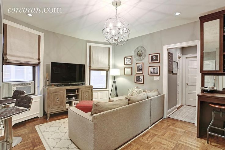 107 West 82nd Street, co-op, living room, dylan dreyer
