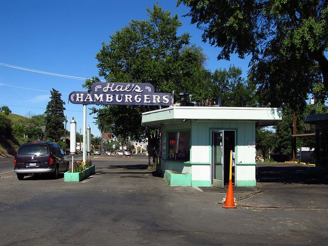 Next time your in Pendleton, Oregon.... A stop at Hall's Hamburgers, is a MUST! www.pendleton oregon | Pendleton, Oregon | Flickr - Photo Sharing!