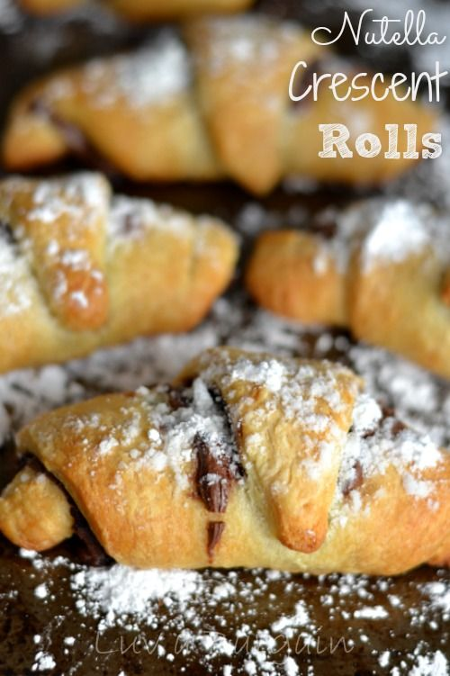 These simple and delicious Nutella Crescent Rolls are so quick and easy to make. Only 3 ingredients.  | http://www.ToSimplyInspire.com (Favorite Desserts Crescent Rolls)