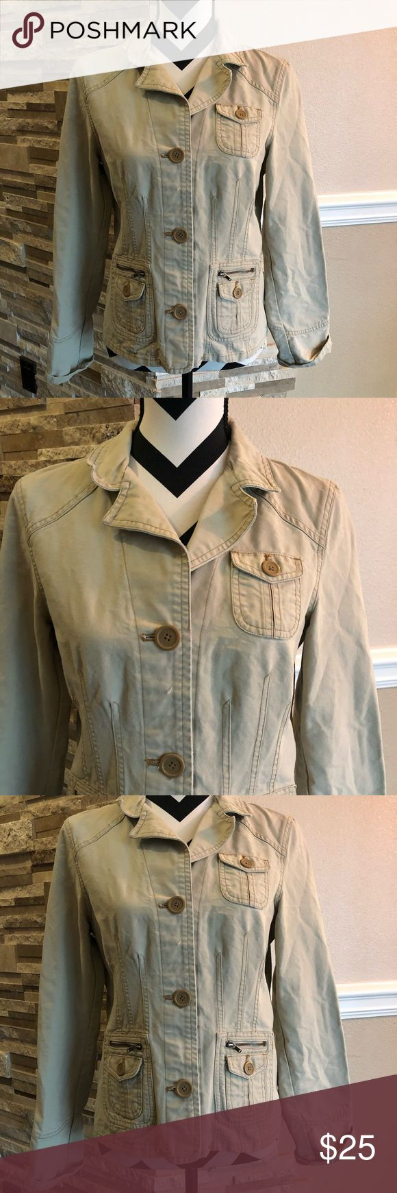 American Eagles Outfitters Khaki Jacket Good condition American Eagle Outfitters Jackets & Coats