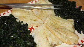 Platessa al vino bianco con cavolo nero/Plaice (Flounder) with white wine and curly kale www.annaincasa.blogspot.it  #annaincasa #platessa #secondcourse #secondidipesce #cavolonero #curlykale #30minuti #30minutes #healthyfood #ricetteesalute #instanfood #food #foodporn #fooditaly #foodlover #foodlovers #foodstagram #foodblogger #foodbloggers #ricettepassopasso #stepbysteprecipes #italianrecipes #italianfoodblogger #recipeinenglish #recipesinenglish