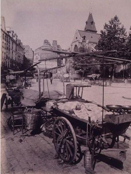 Rue Mouffetard, près de l'église Saint-Médard, en 1910.