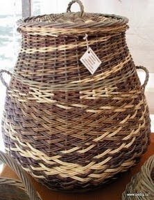 Fête de la Vannerie à Vallabrègues, váza