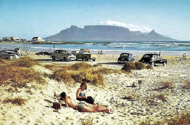 Blouberg. Cape Town. We used to go on day trips. Picnics. With Auntie Violet and Granny Anne.