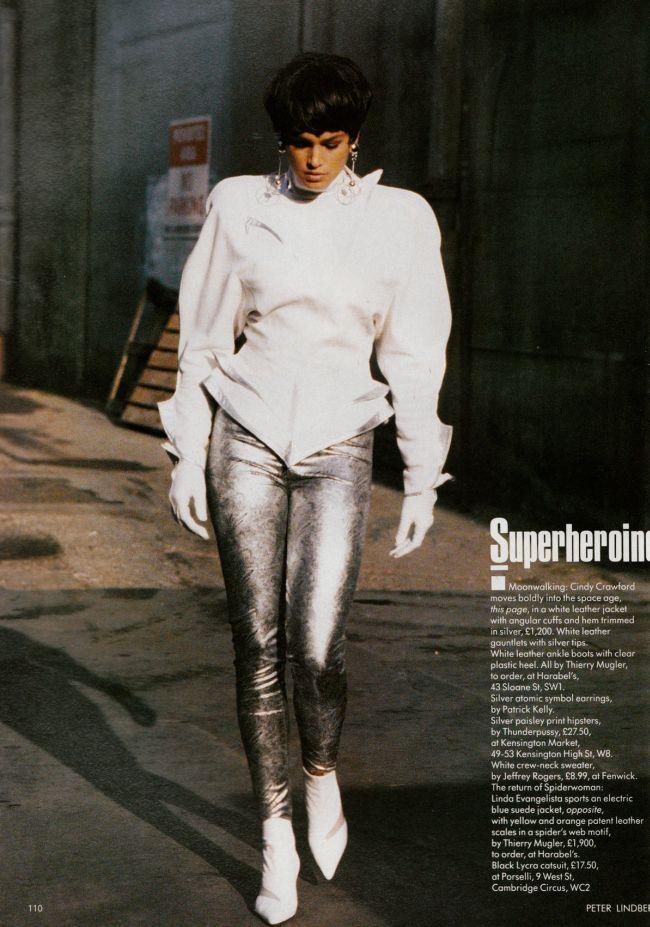 Superheroines I Vogue UK I February 1989 I Models: Cindy Crawford, Linda Evangelista. Photographer: Peter Lindbergh.