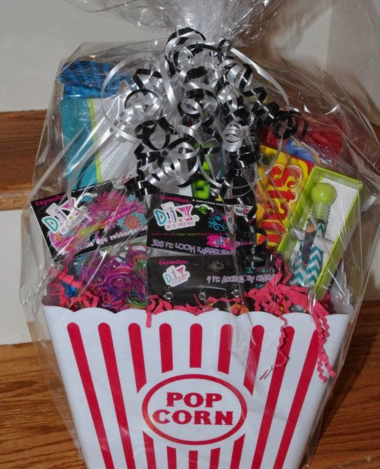 Crafting Girls Night In Inexpensive Christmas Gifts, Cute Christmas Gifts, Christmas  Baskets, Xmas - 25+ DIY Christmas Basket Ideas For Families And Friends DIY Gift