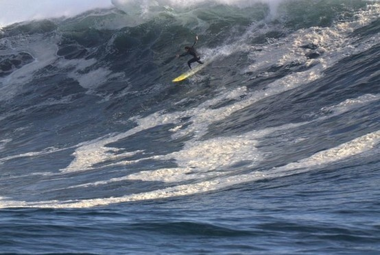 wow! real surfing!