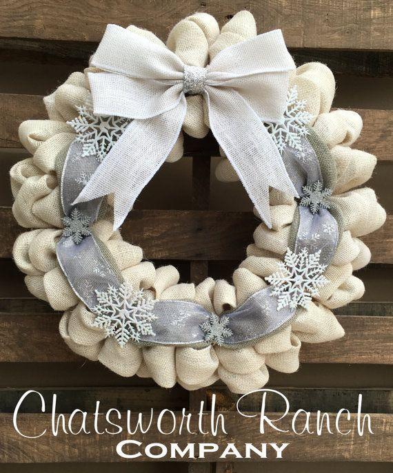 White Elegant Snowflake Christmas Holiday Burlap Wreath - Merry Christmas Wreath Natural Rustic Holiday Wreath Winter Wreath White Silver