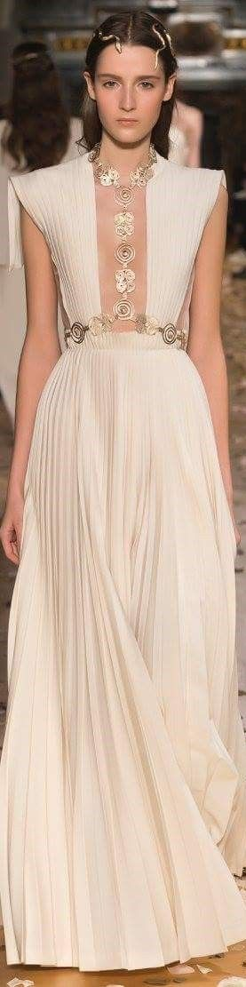 Valentino couture 2016 spring summer women fashion outfit clothing style apparel @roressclothes closet ideas