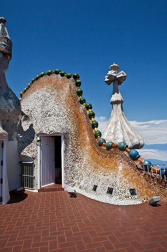 Casa Batlló, Barcelona, España.(1904-1906)  -  Arq. Antoni Gaudí (25 de junio1852, Reus -10 de junio1926, Barcelona) España.