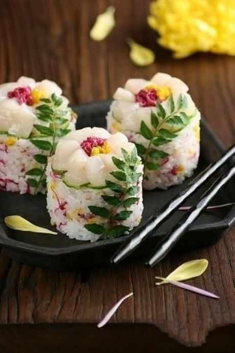 'Artistic' sushi – beautiful like a flower! | Fine Dining | Pinterest | Sushi, Japanese food and Food