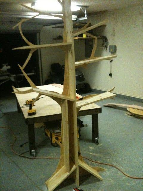 The 25 best tree bookshelf ideas on pinterest tree for Tree bookshelf diy