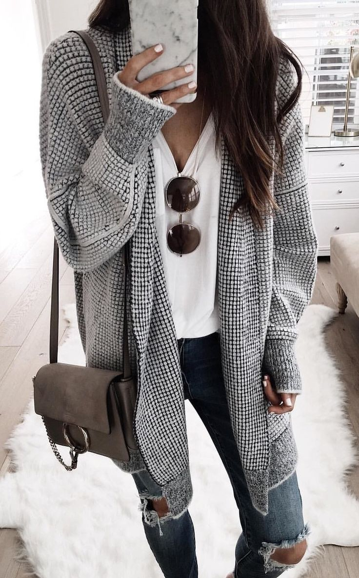 #fall #outfits women's black and gray knitted cardigan
