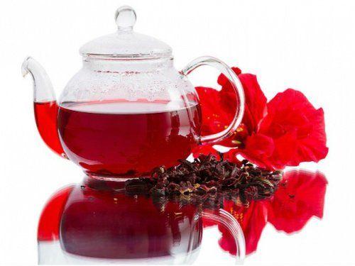 Eroon rasvakudoksesta hibiscus-teen avulla