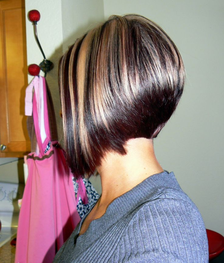 A-line bob with chunky highlights - Passion Carré