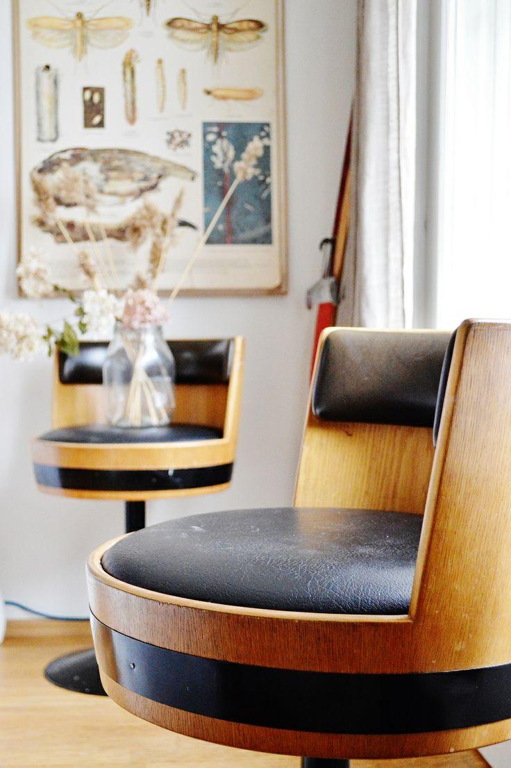Vintage stools, Asko