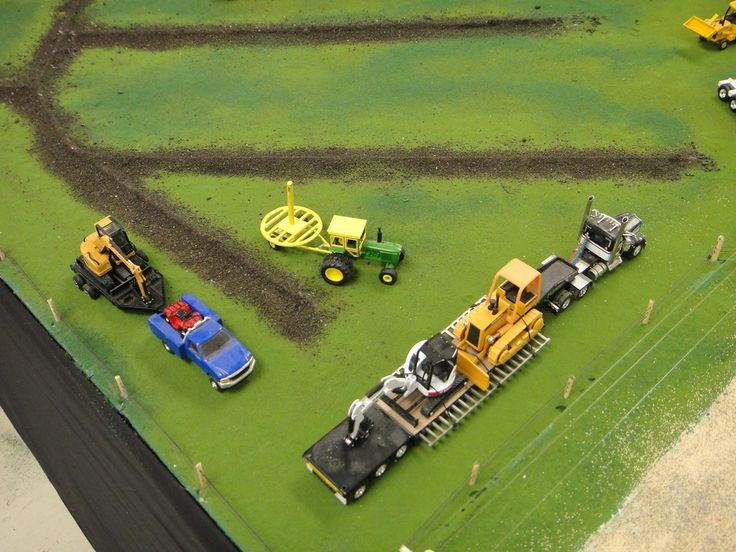 "2012 NFTS Dyersville, Iowa ""1:64th Scale Farm Displays"" - GRIM-REAPER-IA"