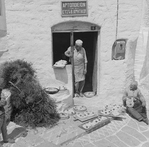 Tsourekia (Greek sweet Easter bread) taken to the bakery, Paros island, 1965-1975, by Zacharias Stellas
