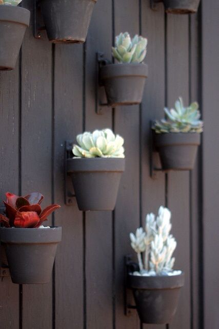 Best Vertical Small Space Garden Design With Flower Pots - Diy two tone painted pots