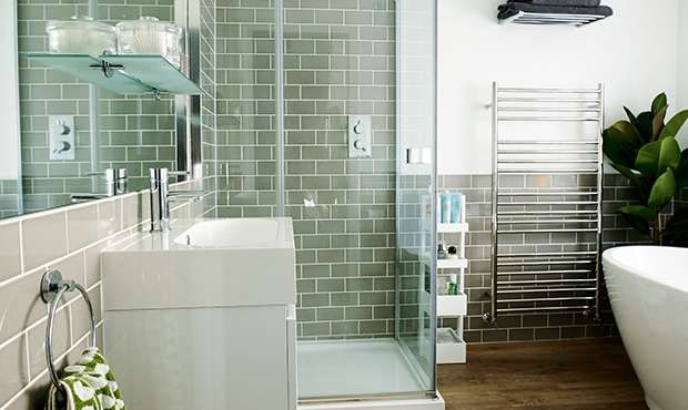 1000 images about bathrooms on pinterest victorian for Victorian terrace bathroom ideas