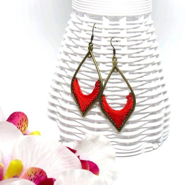 Csepp formájú fonal fülbevaló – piros