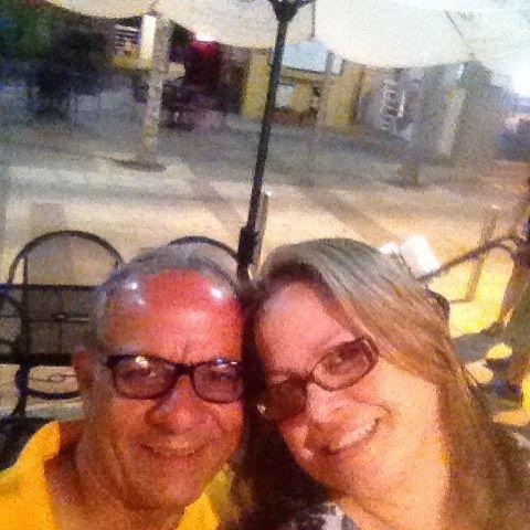 Cenando con un par de madras #bacardi #gotoparguera y la hermosa Bahía Bioluminiscente #amoremio #puertoricoverde