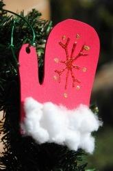 First Grade Christmas Activities: Mitten Ornament