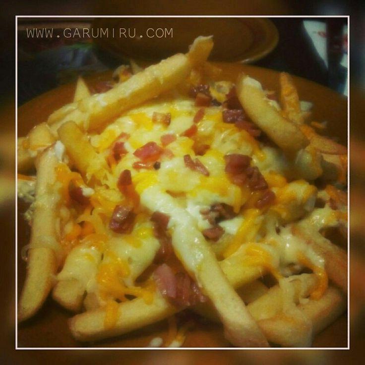 BACON CHEESE FRIES 🥓🍟🧀🥓🍟🧀🥓🍟🧀🥓🍟🧀🥓🍟🧀 PATATAS CON QUESO Y BACON  #bacon #cheese #fries #buenisimos #picfood #foodporn #foodphoto #instafood #foodgram #foodie #sunday #domingo #felizdomingo #enjoy  #happysunday #happyweekend