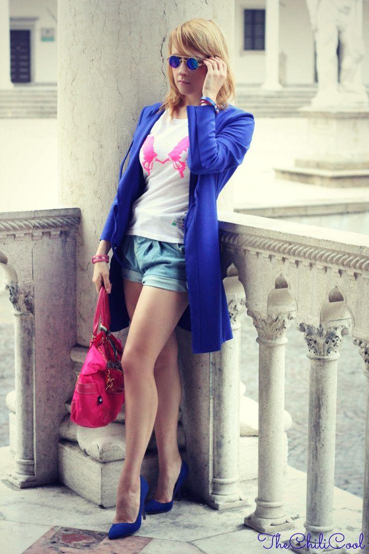 OUTFIT TEE SJF BRACCIALE DIMMI GLAMOUR SHORTS CHICNOVA SJF Company, quando un outfit è molto più di abbinamenti e colori