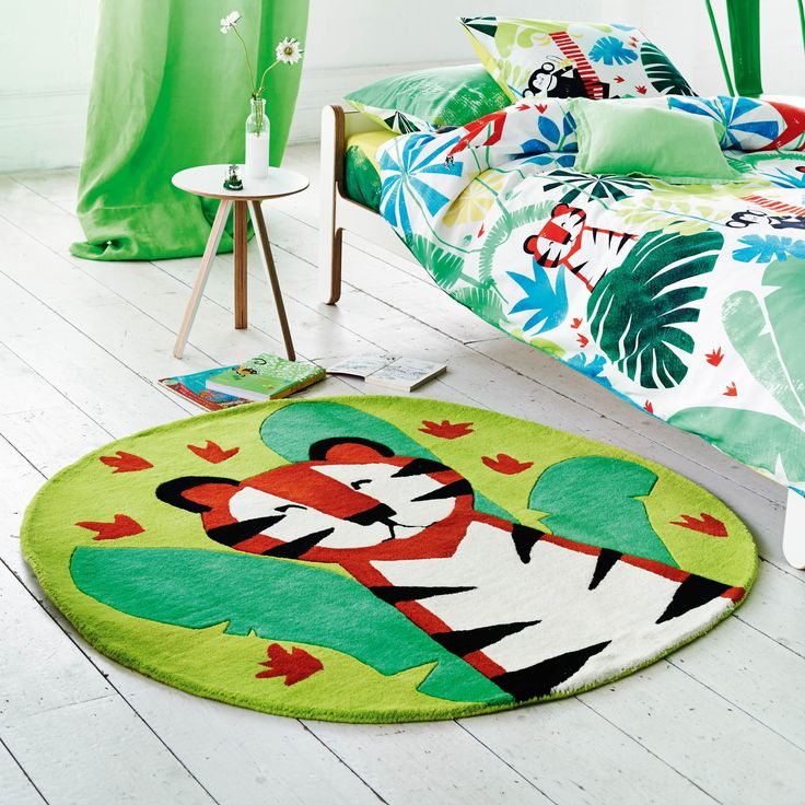 Jungle Playtime Leaf Rugs By The Leading Uk Furnishing Brand Designers Guild Features A Playful Tiger