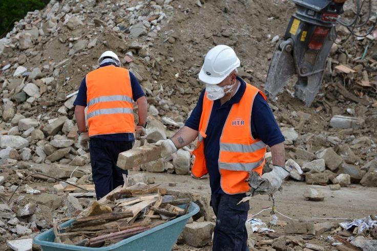 Un sito per ricevere e recuperare le macerie prelevate dai luoghi colpiti dal sisma