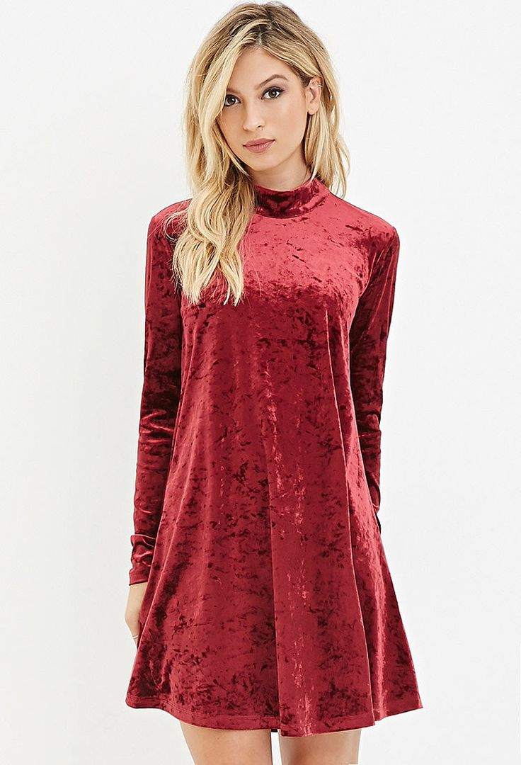 Платье из мятого бархата