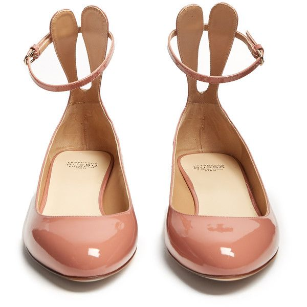 Francesco Russo Patent-leather ballet flats ($660) ❤ liked on Polyvore featuring shoes, flats, strappy ballet flats, pink patent leather flats, patent flats, t-strap flats and patent leather ballet flats