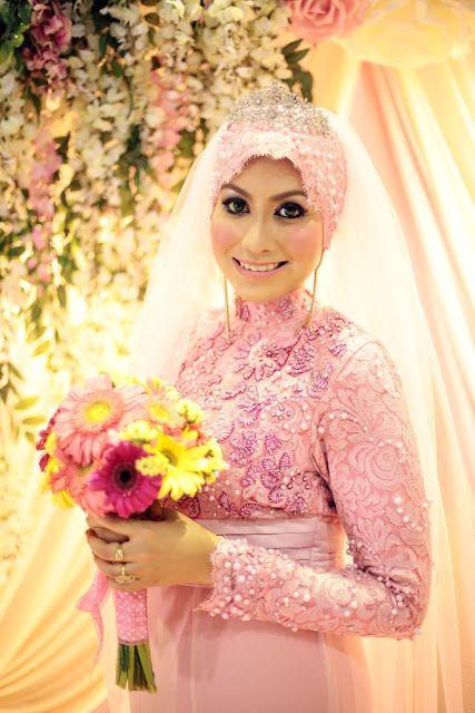 Rina Hamid: Wedding Review #12: Reception Wedding Dress