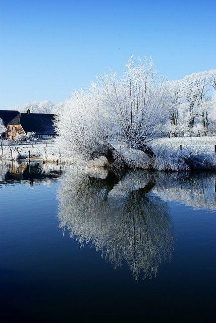 Winter - Kromme Rijn, Amelisweerd, Rhijnauwen, Utrecht by lambertwm on Flickr.